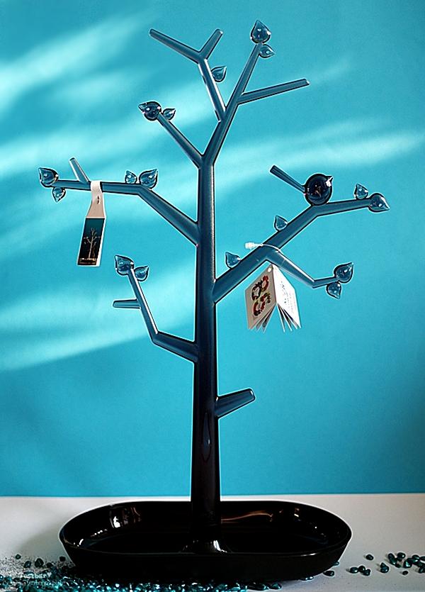 ein echter hingucker edler schmuckbaum von koziol. Black Bedroom Furniture Sets. Home Design Ideas